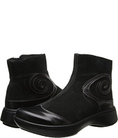 Naot Footwear - Oyster