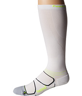 Feetures - Graduated Compression Knee High