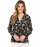 Vince Camuto - Long Sleeve Wistful Petals V Shirttail Blouse