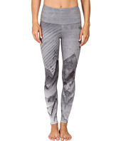 The North Face - Super Waisted Printed Leggings