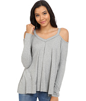 Culture Phit - Constance Cold Shoulder Ribbed Top