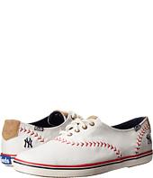 Keds - Champion MLB Pennant - Yankees