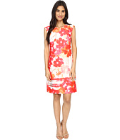 Vince Camuto - Printed Scuba Extended Cap Sleeve Shift Dress