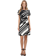 Vince Camuto - Cap Sleeve Graphic Wave Flare Dress
