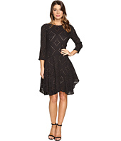 Donna Morgan - 3/4 Sleeve Flounce Dress