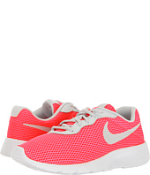 Nike Kids - Tanjun BR (Big Kid)