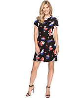 Vince Camuto - Short Sleeve Travelling Blooms Flare Dress