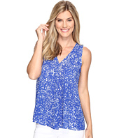 Vince Camuto - Sleeveless V-Neck Textural Reef Drape Front Blouse