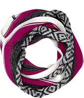 Sanuk - Too Knit to Quit Blanket Infinity Scarf