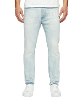 Kenneth Cole Sportswear - Skinny Jeans in Light Indigo