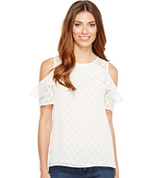 CeCe - Short Sleeve Ruffled Cold Shoulder Diamond Clip Blouse