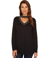 Vince Camuto - Long Sleeve Mock Choker V-Neck Sweater