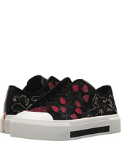 Alexander McQueen - Low Cut Lace-Up Sneaker