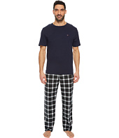 Tommy Hilfiger - Cozy Fleece Pajama Pants and T-Shirt Set