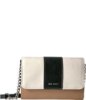 Nine West - Table Treasures Aleksei Crossbody